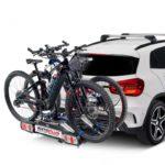 Pivot Heckfahrradträger auf Auto montiert mit 2 Fahrrädern